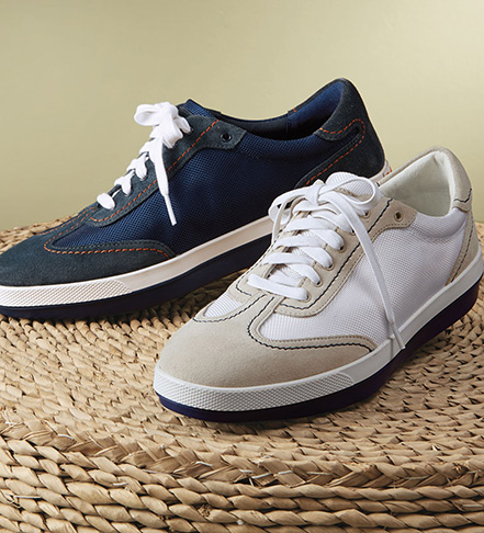Tommy Bahama Relaxology Roaderick Sneakers